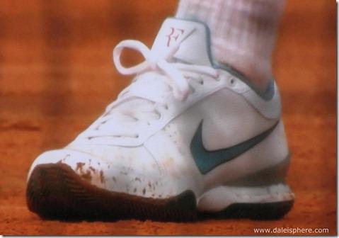 2009 french open - roger federer's designer tennis shoes