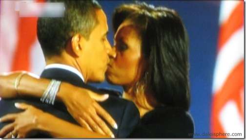 barack obama and michelle obama kiss at victory celebration - Nov