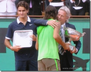 Borg presents trophy to Nadal at 2008 French Open