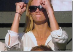 brooklyn decker 5 - cheering for andy roddick - you go guy - wimbledon 2009