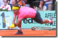 french open 2009 - rafael nadal - the champ goes down - pic 4
