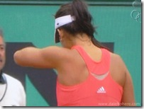 Ivanovitc's shoulder muscles at 2008 French Open