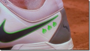 rafael nadal's shoes with championship ensignias - French Open 2008