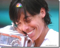 schiavone snuggles french open 2010 cup
