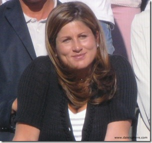 wimbledon 2009 - federer's wife mirka vavrinec looks on proudly